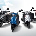 小型二輪、原付二種バイクのメリットとデメリットとは?125ccまでのスクーターならAT限定免許がおすすめ!ファミバイ特約保険で維持費も安い