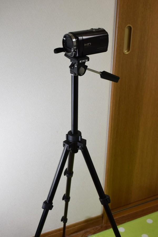 ビデオカメラを載せてみた