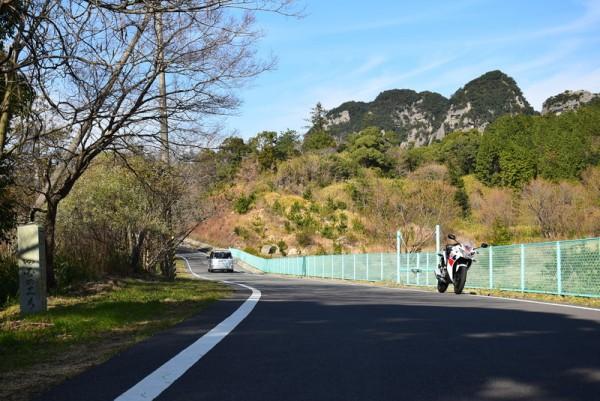五剣山とCBR125R