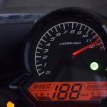 【CBR125Rインプレ】インパネ周りのデザインとセパレートハンドルのレビュー紹介