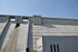 内海ダム堤体2
