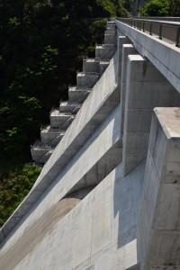内海ダム堤体