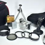【デジカメおすすめアクセサリー4選】カメラと一緒に買ったほうがいい物と選び方!
