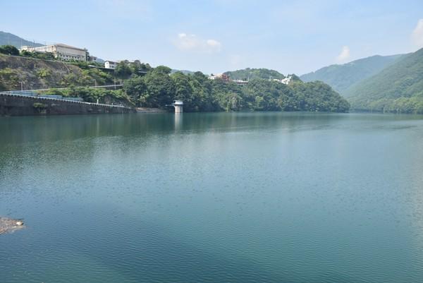 吉野川 池田ダム