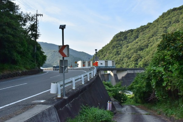 宮川内ダム 行き方