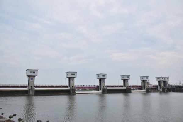 旧吉野川河口堰