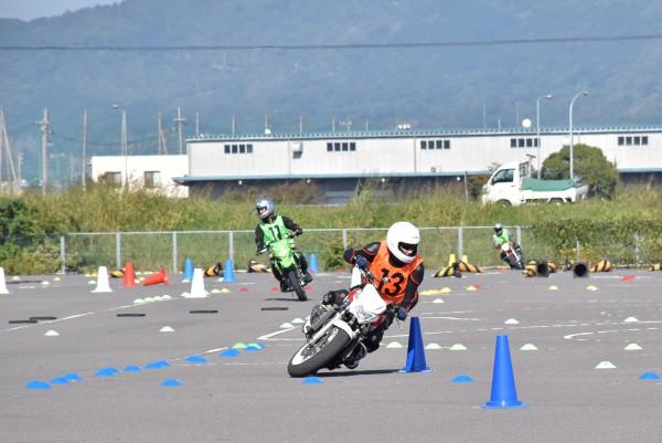 坂出 ジムカーナ練習 バイク
