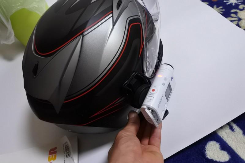 ヘルメット アクションカム