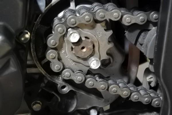 CBR125R バイク スプロケ交換 フロントドライブスプロケット 外し方