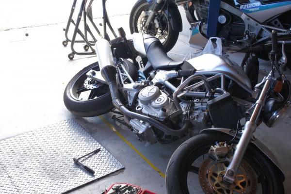VTR250 点火時期 進角化 バイク 転倒