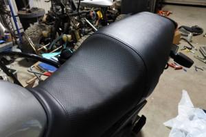 VTR250 シート あんこ抜き シートカバー交換 VTR250 削り方