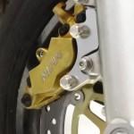 VTR250対向4ポッドキャリパー取り付け方!Nプロジェクトのキャリパーサポートと必要な部品、手順の紹介