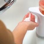 手洗いで自動で出てくるハンドソープ評価!『ノータッチディスペンサー』飲食店などによく置いてるアレ、実はちゃんとした理由があった!