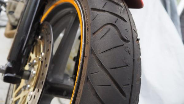 タイヤ 幅 太く 形状
