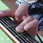 ギターでの難しいコード「B」が簡単にできるようになるコツ