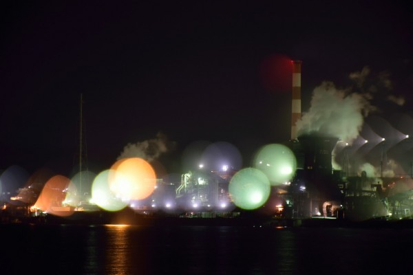 工場夜景ボヤケ1