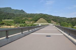 内海ダム堤頂部分3