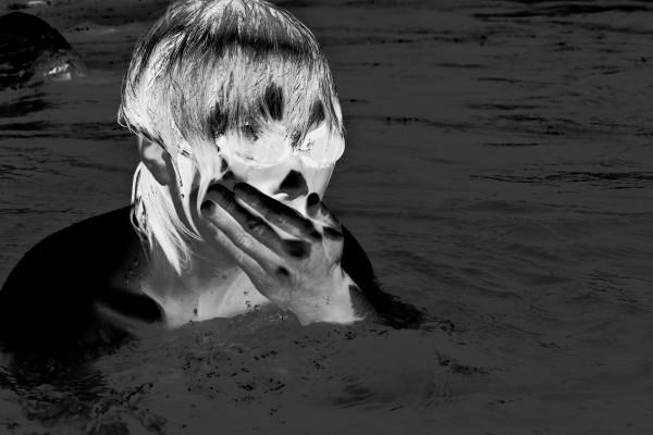 水中で吐き気