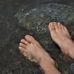 川って危険!?川遊びに持って行くべき物4選。安全に楽しむ心得と準備物の紹介