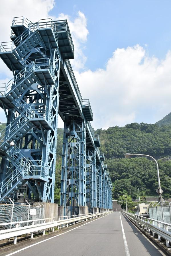池田ダム ローラーゲート