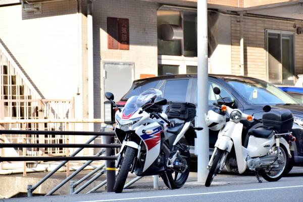 管理事務所 バイク