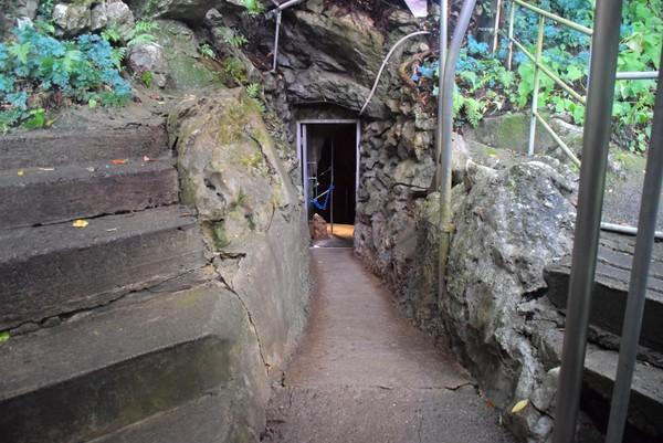 龍河洞 出口