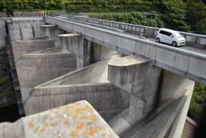 苫田ダム展望台から