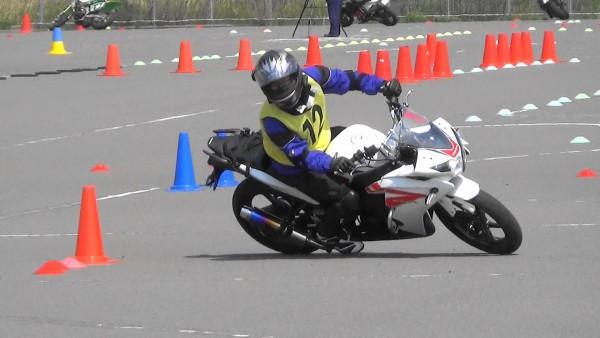 坂出 ジムカーナ練習 CBR125R バイク