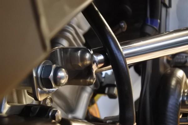 CBR125R バンパー取り付け エンジンガード