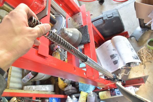 CBR125R フォークボルト フォークオイル交換