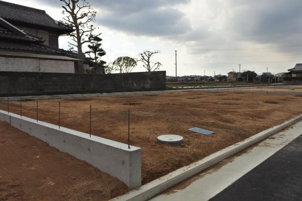 新築 土地 金額 ファミリーホーム