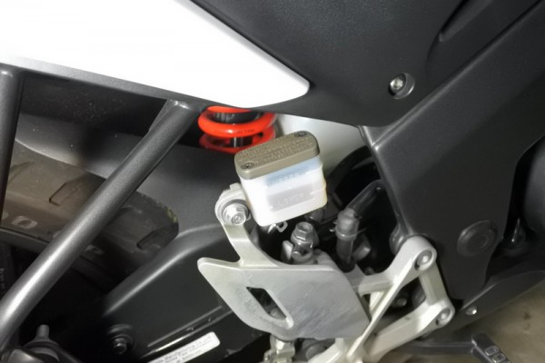 ブレーキフルード交換 CBR125R