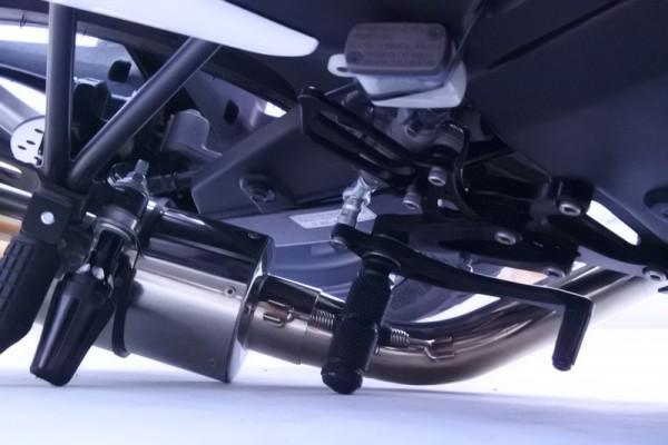 バックステップ 転倒 CBR125R 耐久 強度