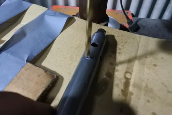 PDバルブ ダンパーロッド 加工 穴あけ