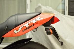 エーテック フェンダーレス VTR250