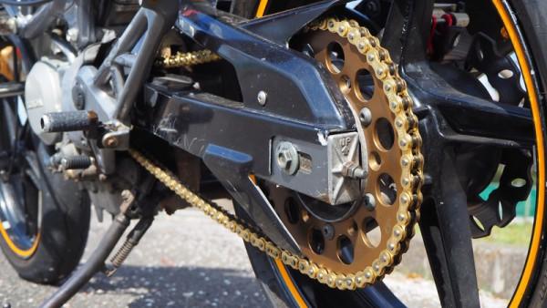 ノンシールチェーン バイク