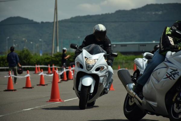 バイク 目線