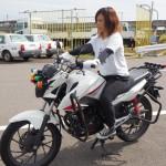 低身長の女性でもバイク免許は取れるのか?小型二輪がおすすめ