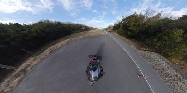 空撮っぽい 360度カメラ バイク