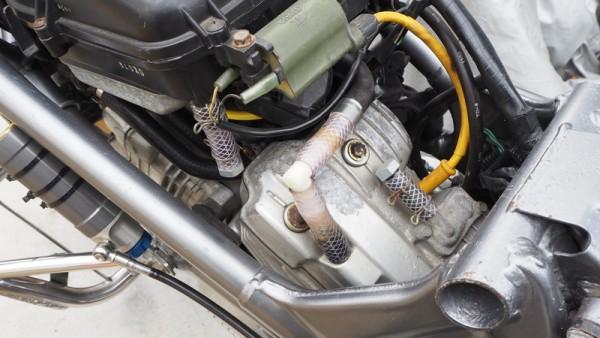KTM 減圧 内圧コントロールバルブ