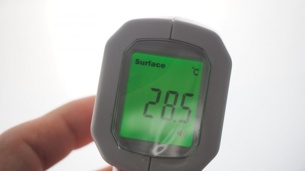 非接触 体温計 電子 ガンタイプ 赤外線