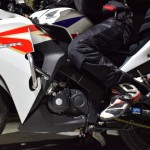 バイク乗り必見!ワークマン2020防寒ライディングパンツ『HP014』パッド薄いけど安全性は大丈夫?