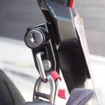 【盗難対策】ヘルメットロックで解決!グロムにナンバーサイドタイプ取り付け