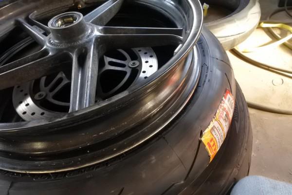 タイヤ スーパーコルサ