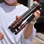 多機能でコンパクトなK&F Conceptのカーボン三脚が●万円!?バイクで持ち運べる大きさ